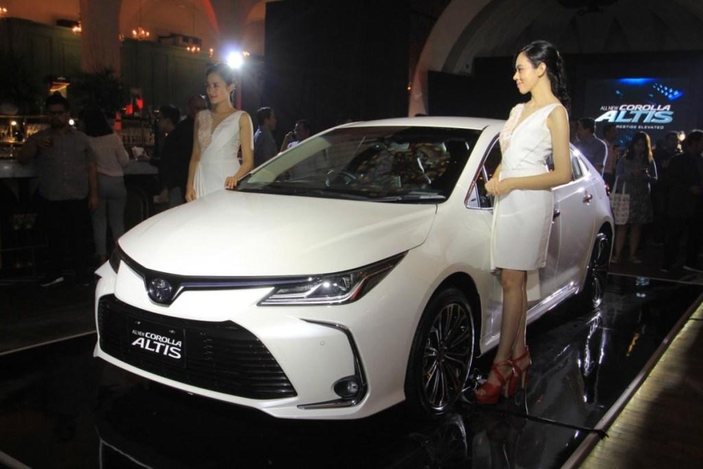 Lebih Sporty, Ini Spesifikasi All New Toyota Corolla Altis