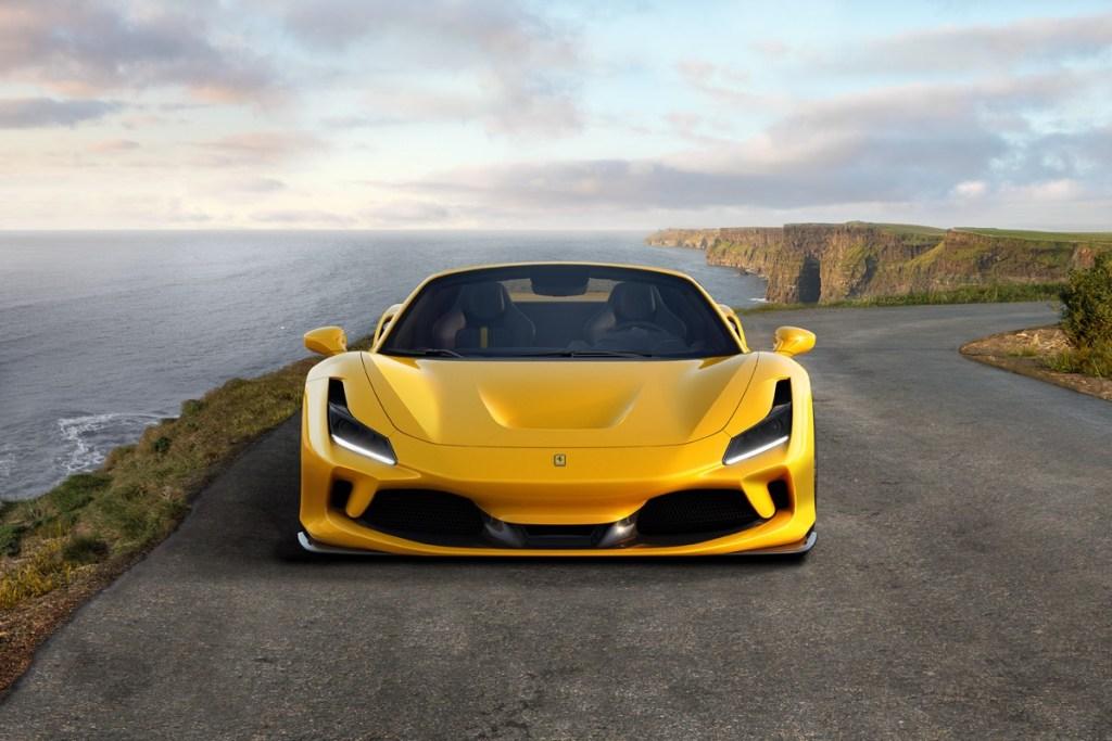 Ferrari F8 Spider Siap Hadapi Penantang