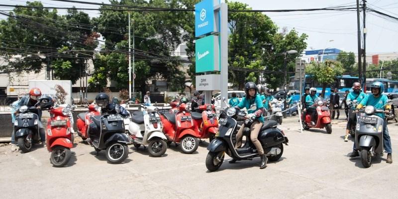 Vespa GTS Super Tech 300 Riding Bareng Komunitas Jakarta Timur