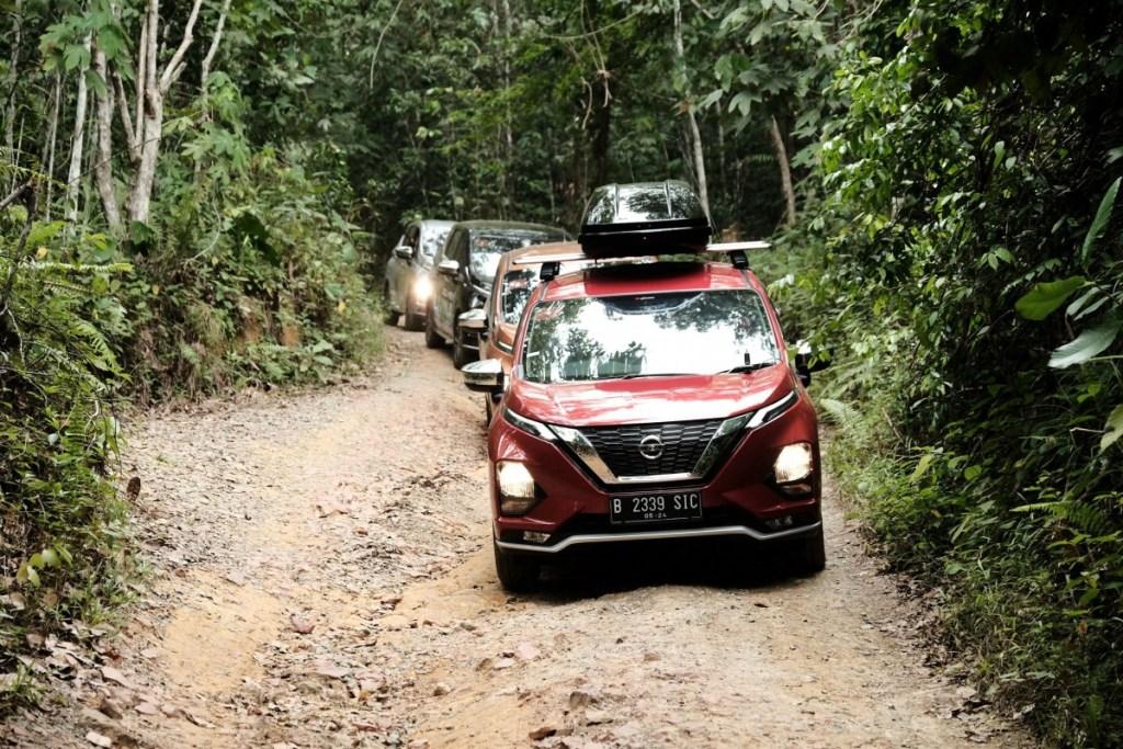 Petualangan Nissan Livina di Ibukota Baru Indonesia