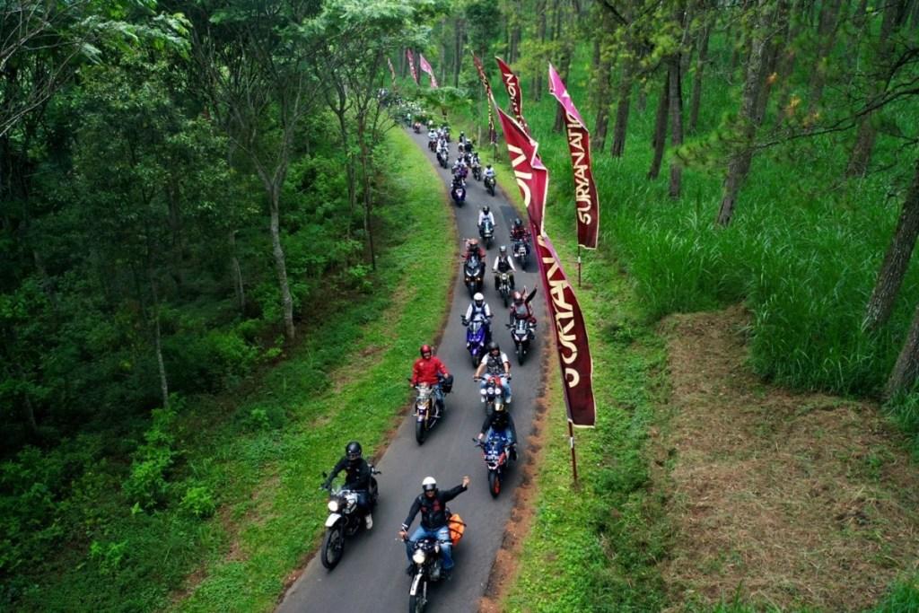 Keriuhan Suryanation Motorland Ridescape di Coban Rondo