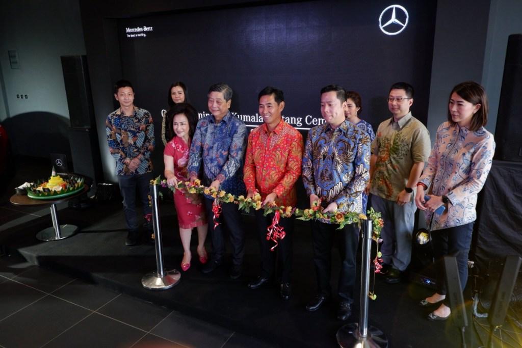 Perluas Jaringan, Mercedes-Benz Resmikan Dealer di Makassar