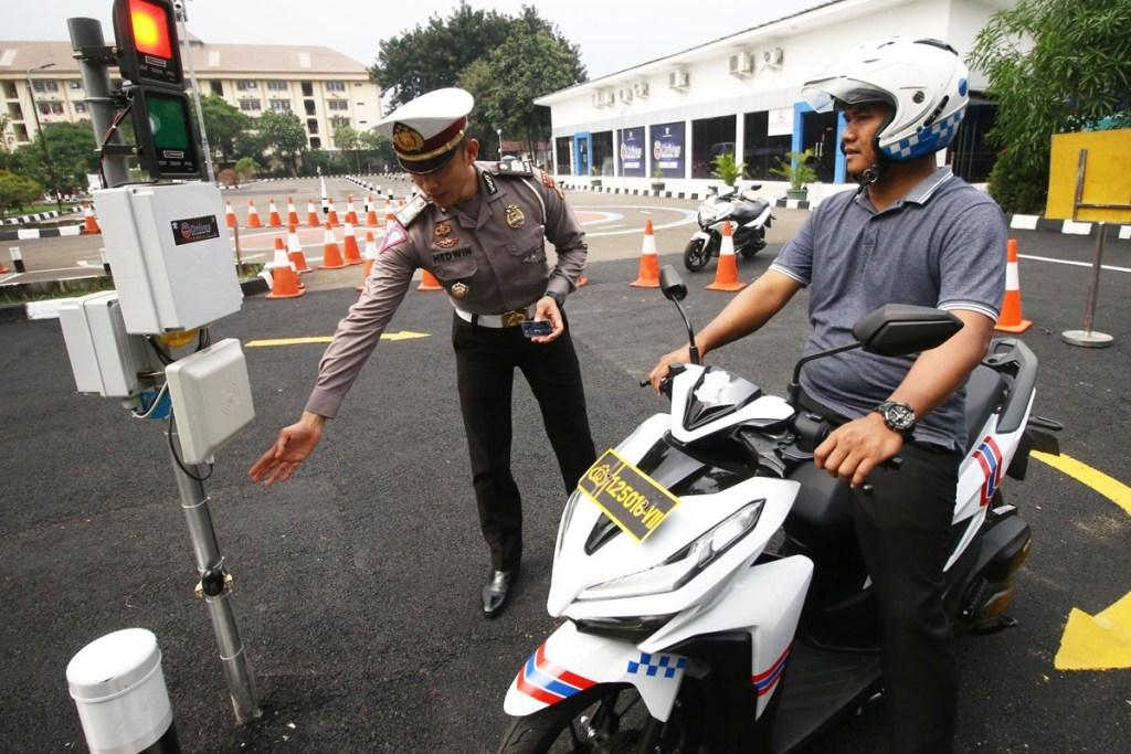 Layanan Perpanjang SIM Dibuka dan Ada Dispensasi