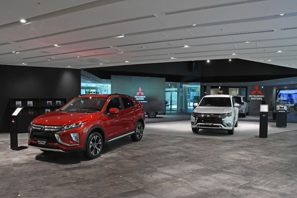 Mitsubishi Segera Buka Showroom Headquarter Baru 'MI-Playground'