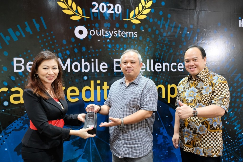 Astra Credit Companies Raih Best Mobile Excellence