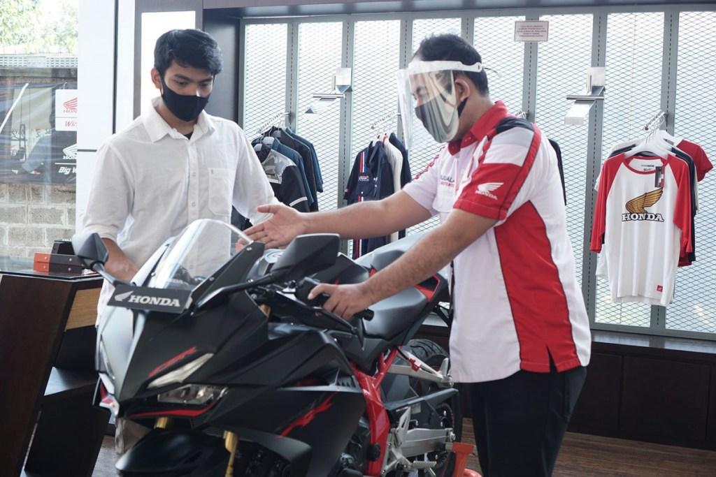 Beli Motor Honda dengan Program PNS Semarak Gaji ke-13