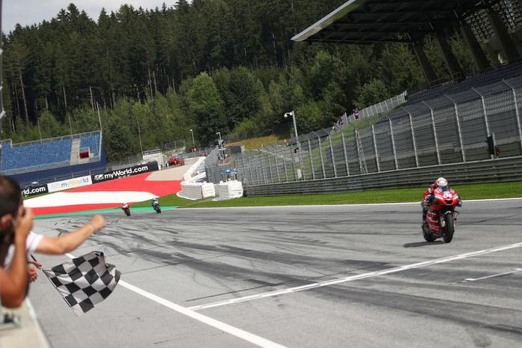 Diwarnai Insiden Mengerikan, Davizioso Juara MotoGP Austria