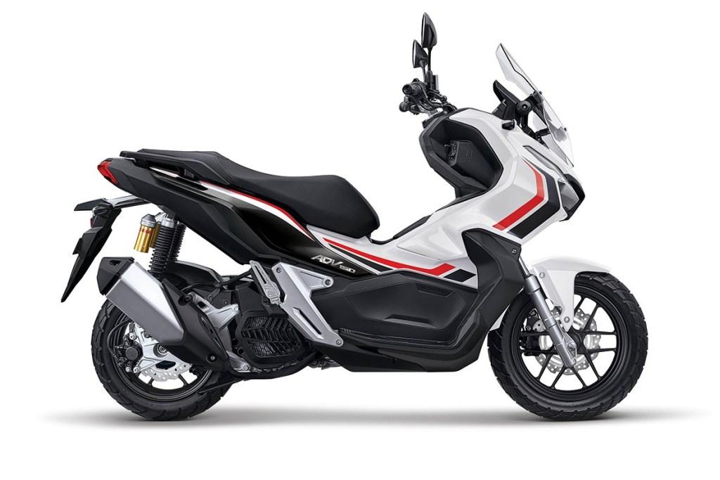 Honda ADV150 Makin Keren dengan Varian Warna Baru