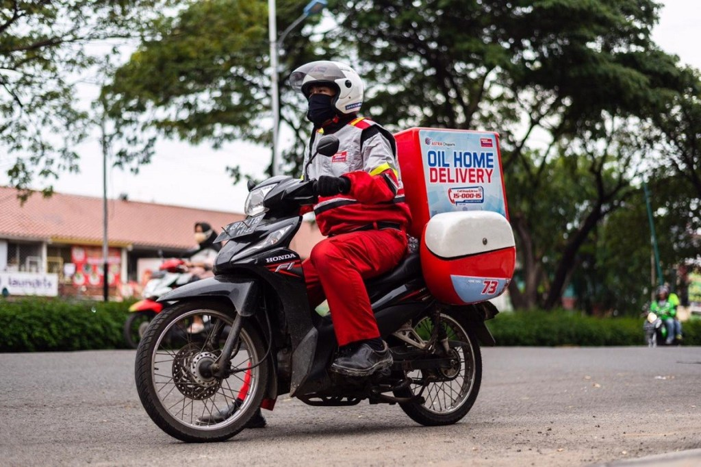 Ganti Aki dan Oli Dengan Layanan Home Delivery Shop&Drive