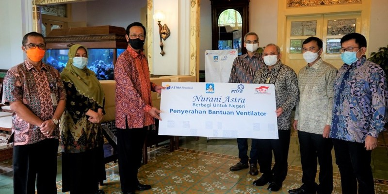 Astra Financial Serahkan 3 Ventilator Tambahan kepada Sri Sultan