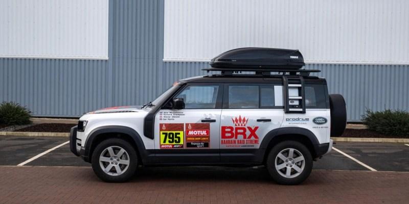 Ini Dia, Land Rover Defender Versi Support Car Untuk Dakar Rally 2021