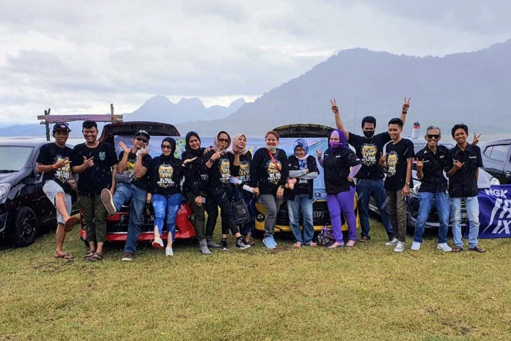 'Touring Charity' Agya Ayla SoliDaritas Chapter Depok