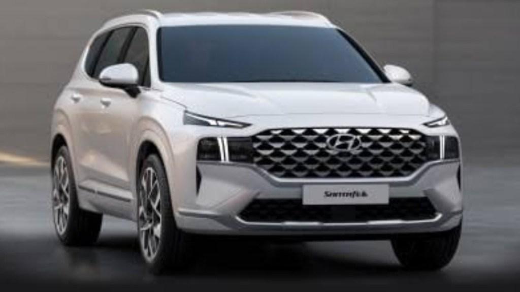 Hyundai Santa Fe Terbaru Hadir Dengan Empat Pilihan Model