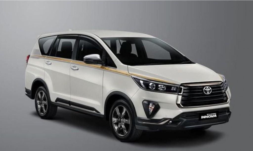 Rayakan 50 Tahun Perjalanan, Toyota Luncurkan 50 Unit Innova Edisi Terbatas
