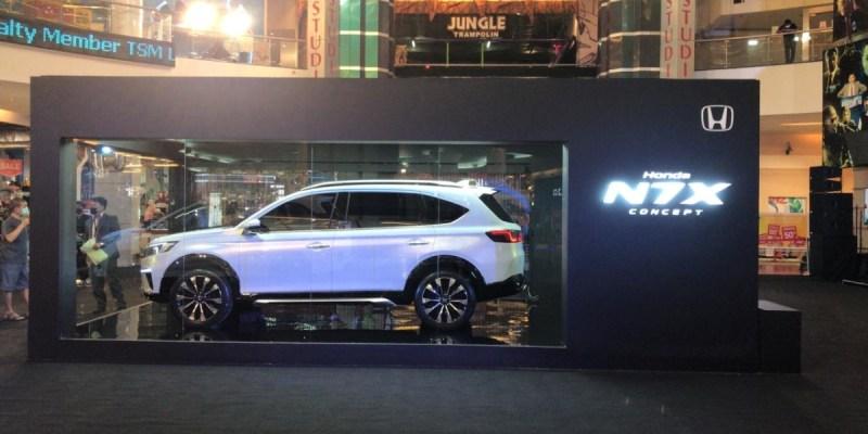 Roadshow Honda N7X Concept Berakhir Di Kota Makassar