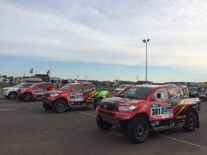 Toyota-hilux-gazoo-racing-dakar-2016-01