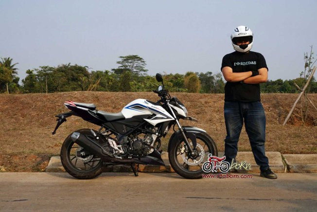 Modifikasi All New CB150R 2015 RTR200