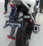 Honda All New CBR150R Aksesoris Terpasang spakbor belakang