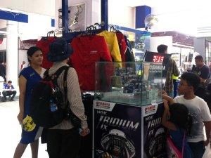 merchandise jaket busi yamaha