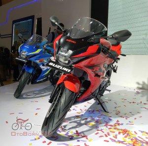 suzuki-gsx-r150-blue-red