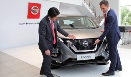 Test Drive Nissan Livina Serena di Pekanbaru