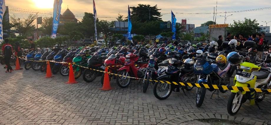 Suzuki Saturday Night Ride Pekanbaru Diikuti Hampir 350 Bikers