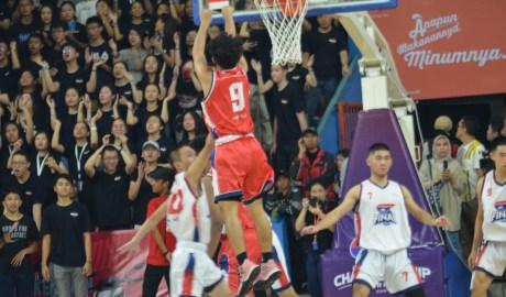 Honda DBL Final Jakarta Jawaranya Tim Putra Putri Terbaik
