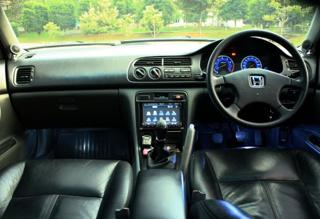 Kelebihan dan Kekurangan Sedan Honda Accord Cielo