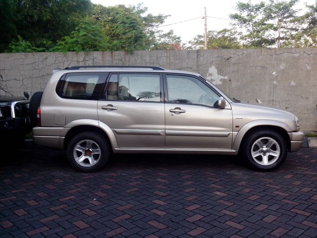 Kelebihan dan Kekurangan Suzuki Grand Escudo XL7