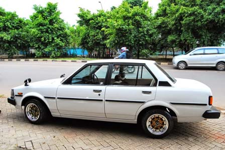 60 Modifikasi Sedan Toyota Corolla DX Terbaru
