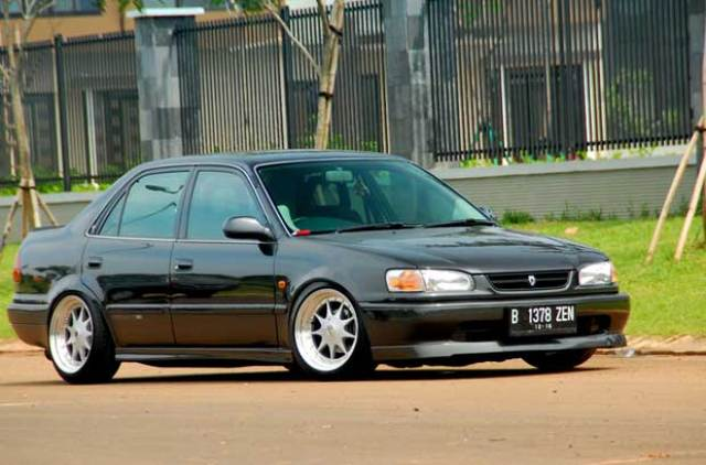 7 Modifikasi Sedan Toyota New Corolla 1.8 AE112
