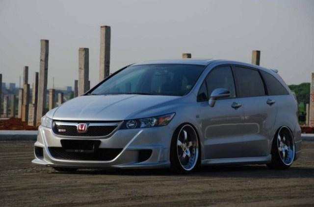 20 Konsep Modifikasi Honda Stream Terbaru