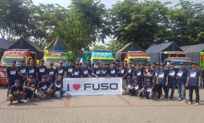 Komunitas Canter Mania Seruduk GIIAS Demi Melihat Mitsubishi Fuso Fighter Varian Baru