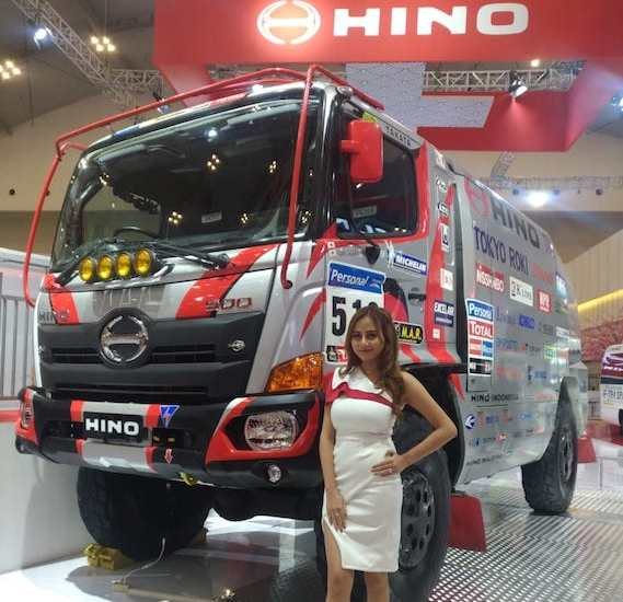 Rekor Muri Hino Dutro Safety Driving Competition