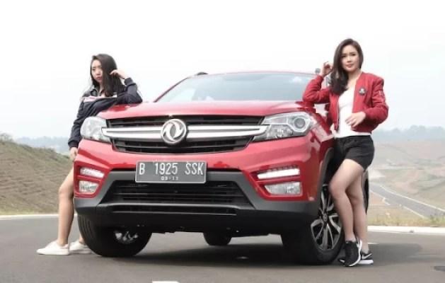Rayakan Hari Kemerdekaan Indonesia bersama DFSK Glory 560