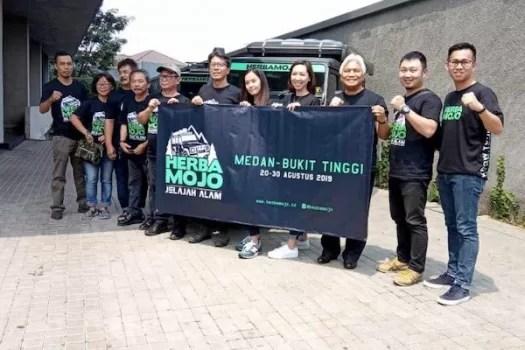 Herbamojo Jelajah Alam Tantang Komunitas Land Rover Indonesia