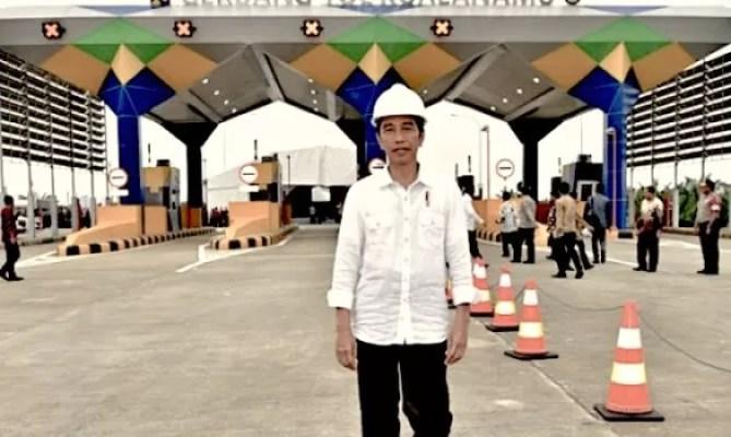 Jokowi Siap Bangun Kembali Jalan Tol Sepanjang 2.500 Km
