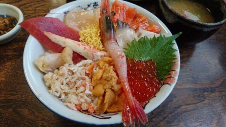 北海道の海鮮丼