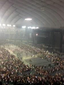 興奮冷めやらぬままドームを後にする:ポール・マッカートニーのライブを東京ドームで観る