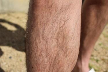 男性のすね毛処理!剃る方法と自然に目立たなくさせる方法