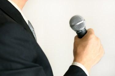 友人代表スピーチは締めの言葉が重要!スピーチのコツと注意点