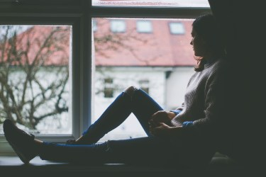 既婚者女性が恋に本気になるリスク!本当の幸せについて考えよう