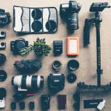 初めて一眼レフカメラとまとめて購入すべき「必需品」「あると便利なアクセサリー」「いらないグッズ」