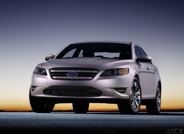 Ford-Taurus_2010