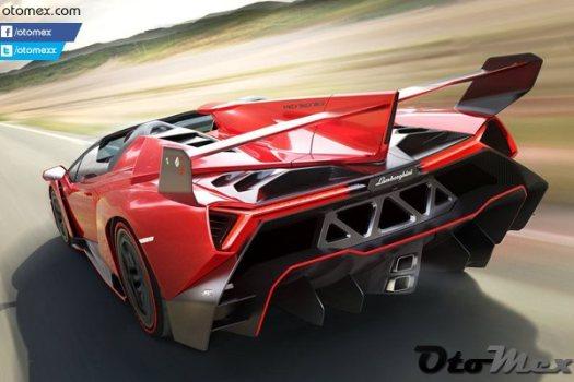 Lamborghini-Veneno_Roadster_2014_en-pahali