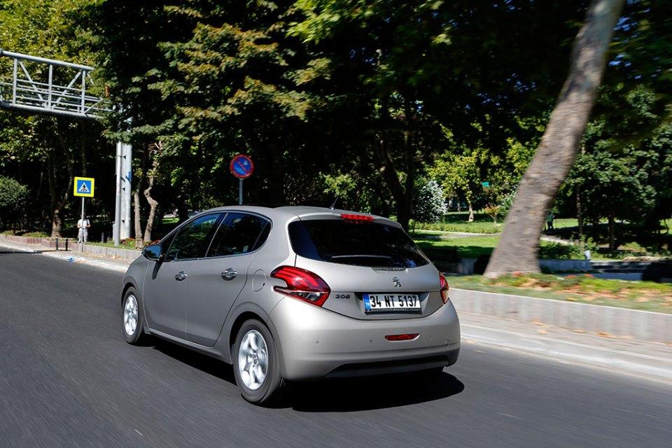 Test: Peugeot 208 1.6 e-HDi ETG6 | Otomobilkolik