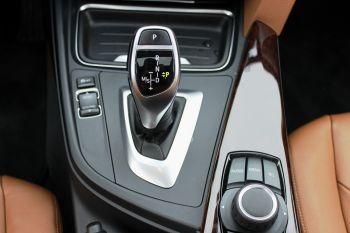 350x233xBMW-420d-xDrive-vites.jpg.pagespeed.ic.Z_7fGdOohG