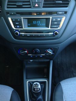 Yeni-Hyundai-i20-1.4-CRDI-vites
