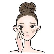 肌にくすみのあることに悩んでいる女性