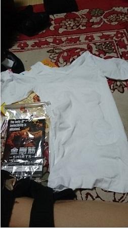 白い金剛筋シャツの画像